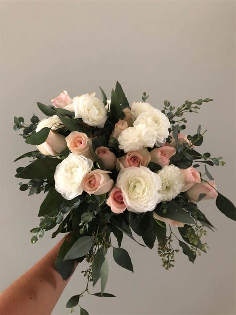 Flower-BouquetCake