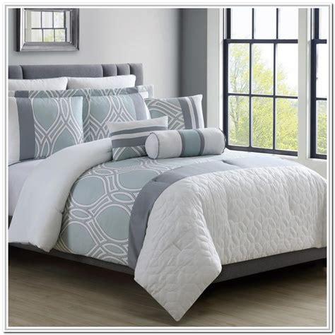 Full-Size-ComforterSet-Target