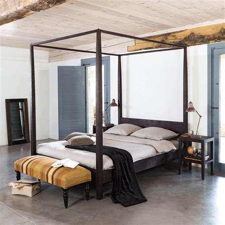 Full-SizeCanopy-Bed