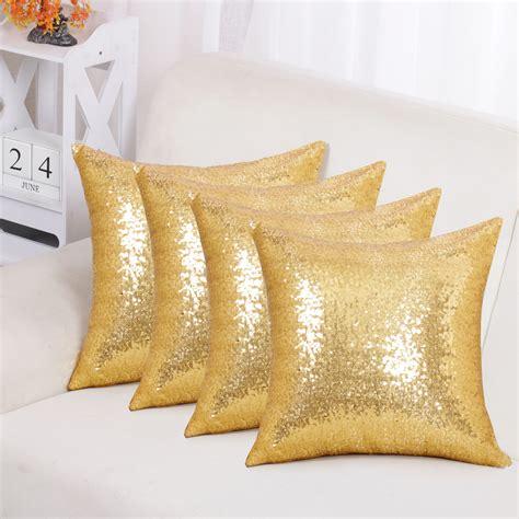 GoldPillows-Decorative