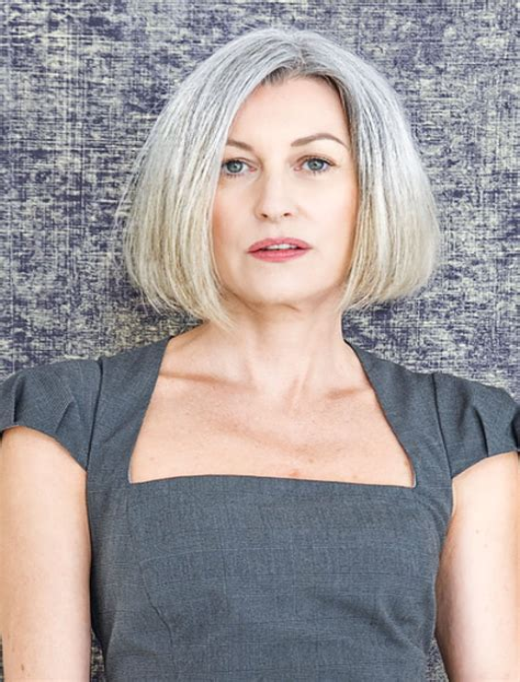 Grey-Hairstylesfor-Women-Over-40