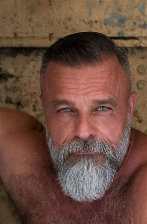 Hairstyles-for-Thinning-HairMen-Over-50