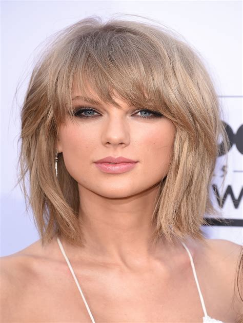 Hairstyles-forShort-Hair-with-Bangs