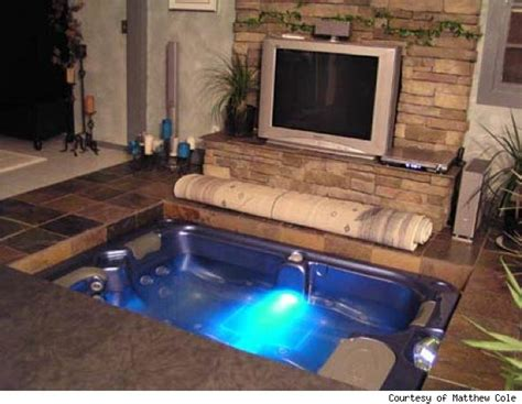 HD wallpapers hotel with a hot tub in the room Page 2