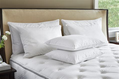 Hotel-Sheets-And-Pillows
