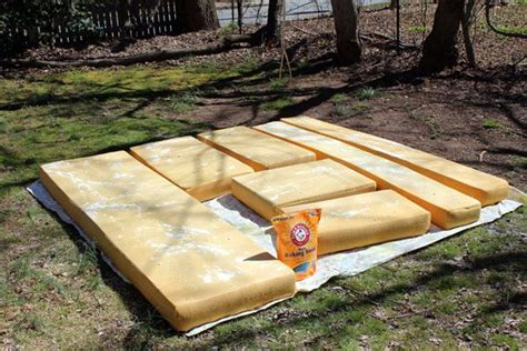 How-to-Clean-FoamCamper-Cushions