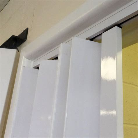 Industrial-Clear-PlasticCurtains