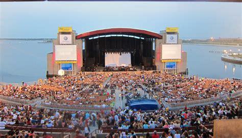 Jones-Beach-Concert