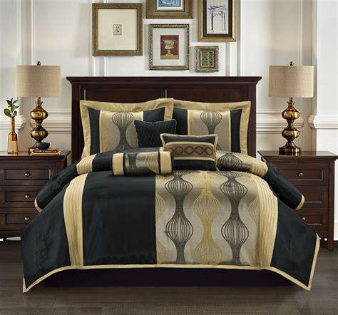 King-Linens-Bedding-Comforter-Set