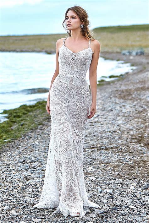 Lace-Beach-WeddingDresses