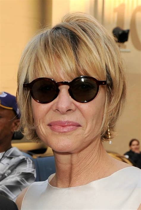 Layered-Hairstyles-for-Over-60with-Thin-Hair