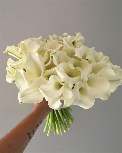 Lily-FlowerWedding-Bouquet