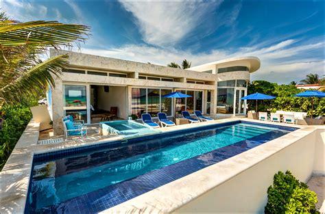Luxury-VacationRentals