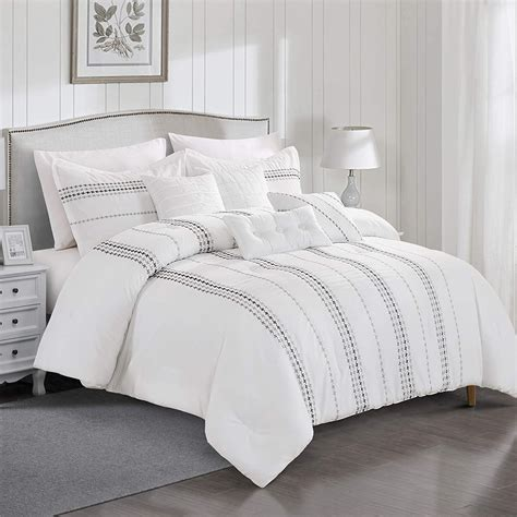 Luxury-White-Bedding-Sets