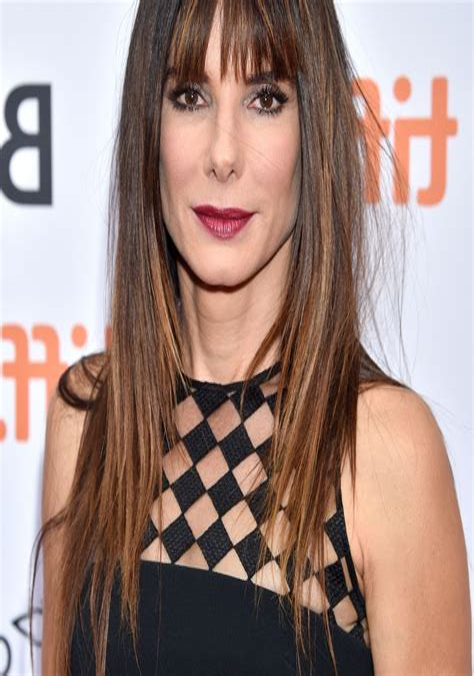 Medium-Choppy-Hairstyleswith-Bangs