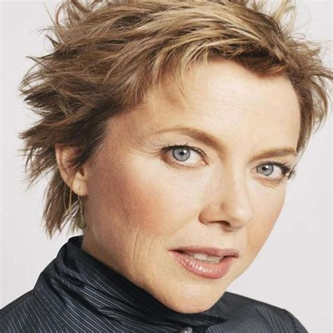 Modern-Pixie-Haircuts-for-WomenOver-50