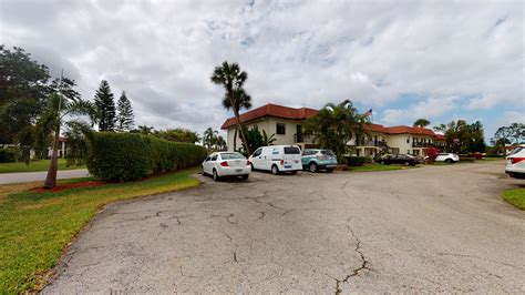 NaplesFlorida-Streets
