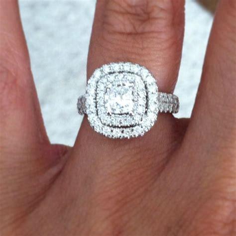 Neil-Lane-Cushion-CutHalo-Engagement-Rings