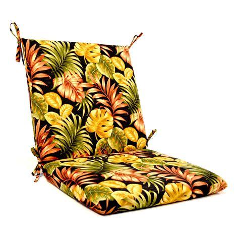 Outdoor-Chair-Cushionsand-Pillows