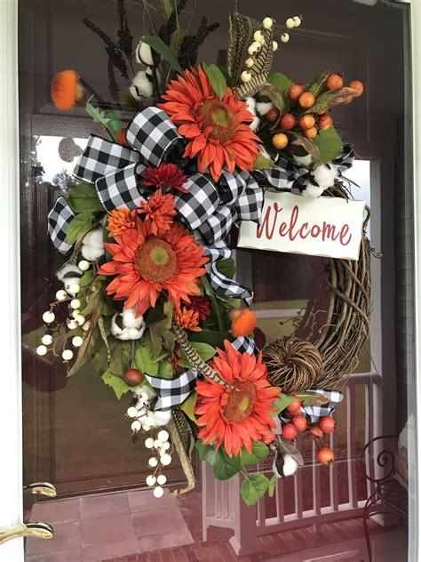Outdoor-FallWreaths-Front-Door