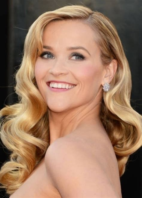 Over-50-Hairstyles-forHeart-Shaped-Faces