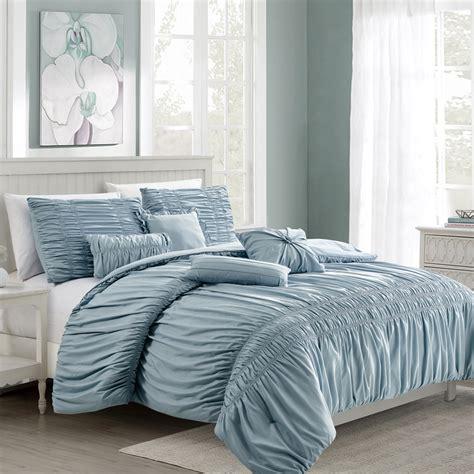 Oversized-QueenSize-Comforter-Sets
