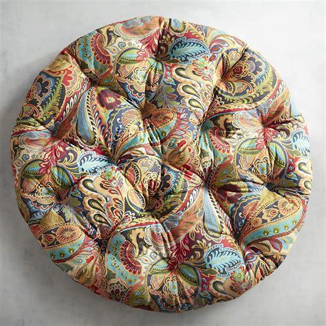 PaisleyPapasan-Cushion