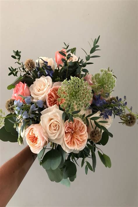 Peach-WeddingBouquets