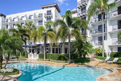 Pelican-BayNaples-FL