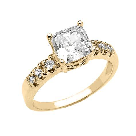 Princess-Cut-Engagement-RingsYellow-Gold