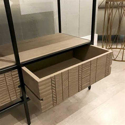 Product-DisplayTable