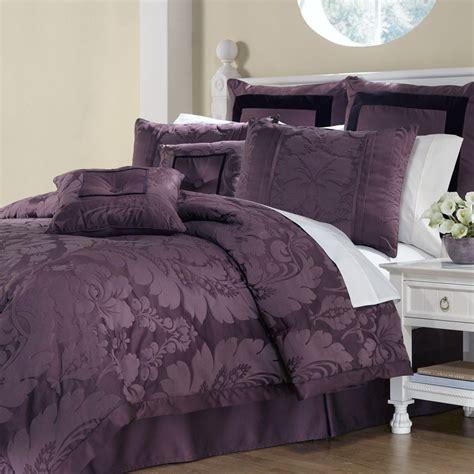 Purple-ComforterSets-King-Size
