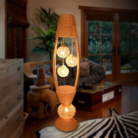 RattanFloor-Lamp