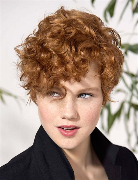 Really-Short-Hairstyles-forCurly-Hair