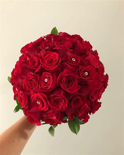 Red-Rose-BridalBouquet