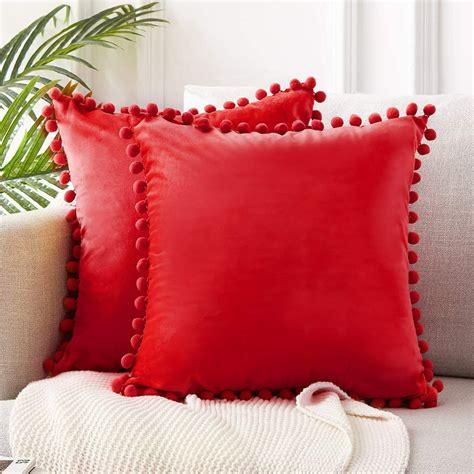 RedDecorative-Pillows