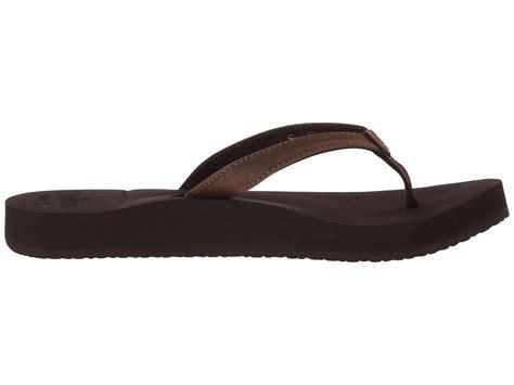Reef-CushionLuna-Sandals