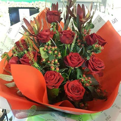 Romantic-RedRoses-Bouquet