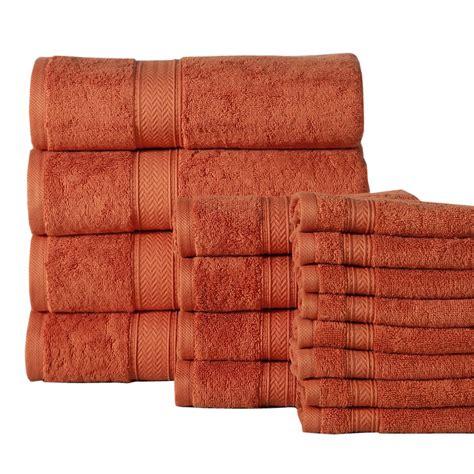 Rust-ColoredBath-Towels