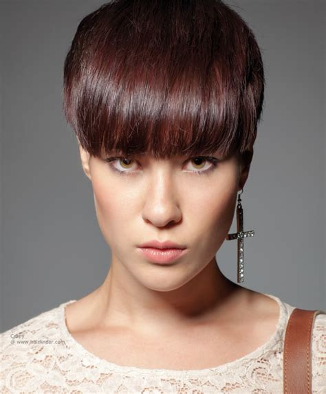 Short-HaircutStyles-with-Bangs