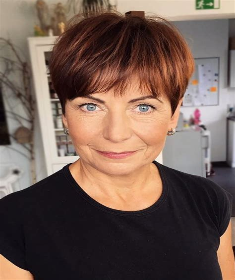 Short-HairstylesWomen-Over-50
