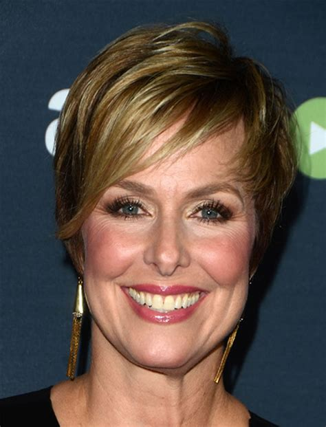 Short-Cropped-Hairstylesfor-Women-Over-40