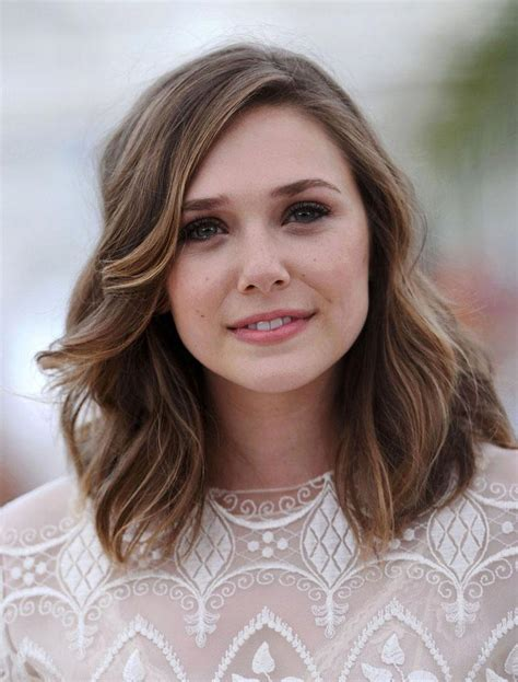 Shoulder-LengthHairstyles-Round-Face