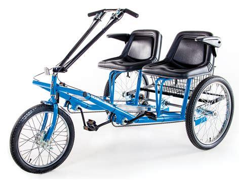 Side-by-SidePedal-Bike