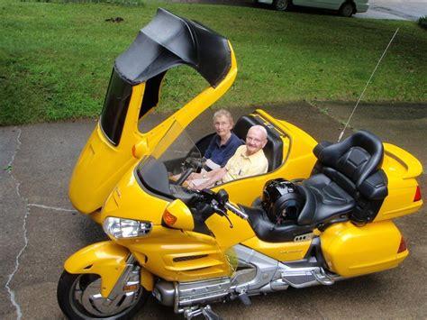 Side-by-SideTrike-Motorcycle