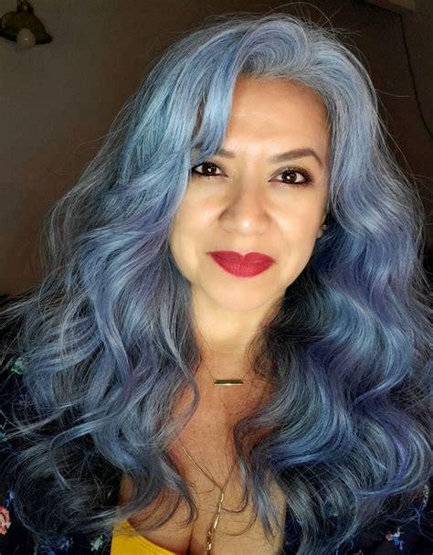 SilverBlue-Hair-Highlights