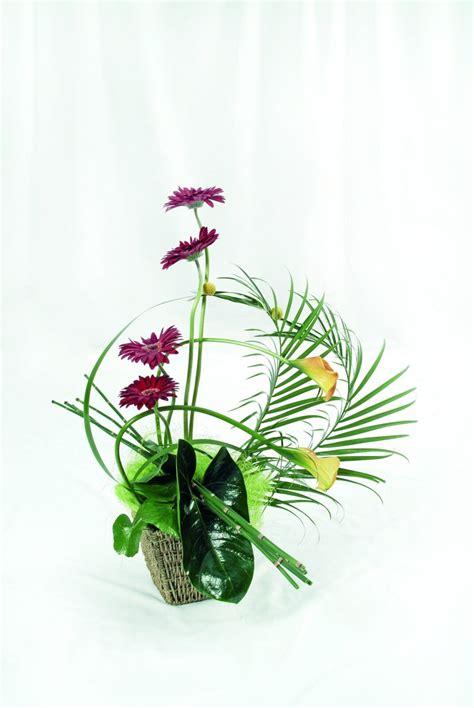 Simple-Modern-FlowerArrangements