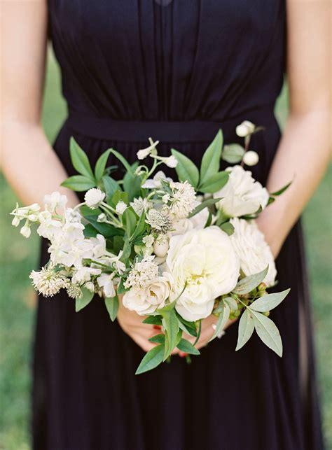 Simple-WeddingBouquets