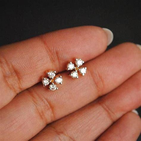 Small-DiamondStud-Earrings