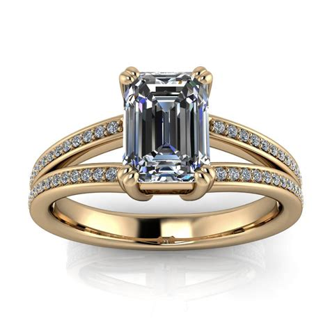 Split-Shank-EmeraldCut-Engagement-Ring